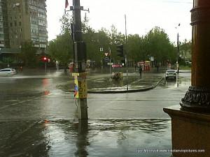 Залитый водой проспект Ленина